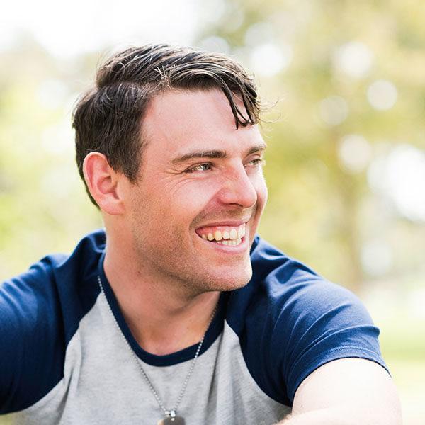 <strong>Dr. Brett Hill</strong><br/>Chiropractor & Wellness Expert