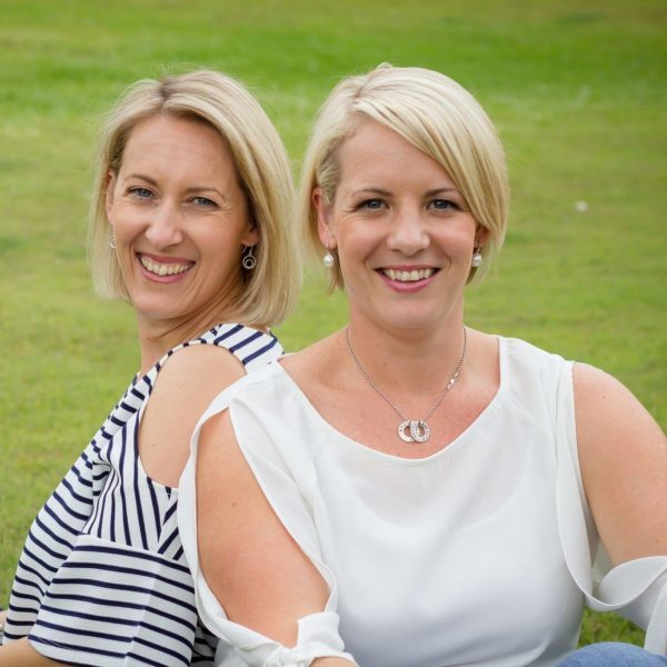 <strong>Tracey Fry &  Joanne Ling</strong><br/>Sistermixin'